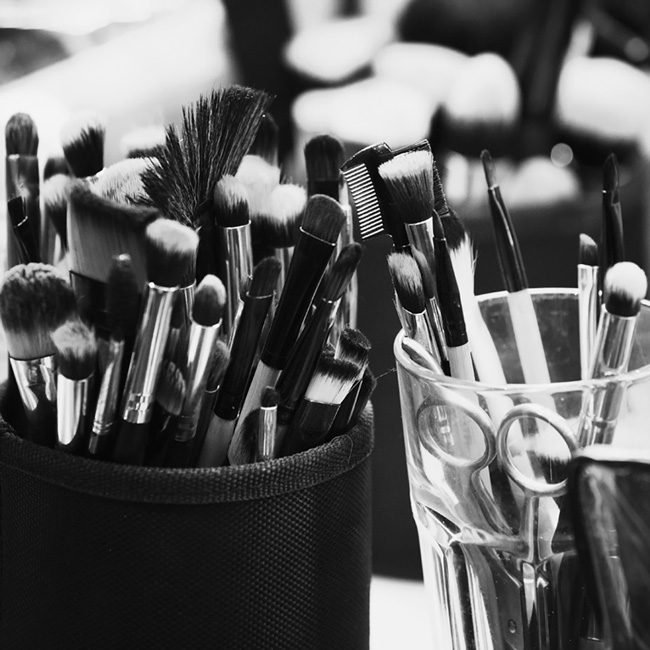 make up brushes on model shoot